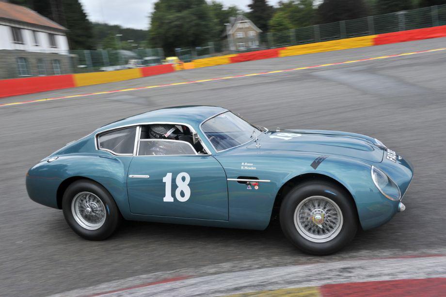 Aston Martin DB4GT Zagato (Replica)
